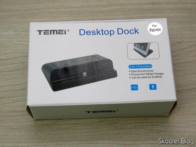 Dock Station para iPad, em sua embalagem.