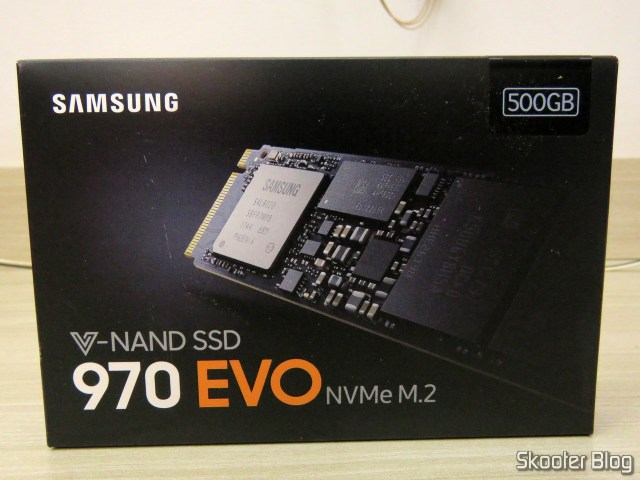 Samsung 970 EVO 500 GB - NVMe PCIe M. 2 2280 SSD (MZ-V7E500BW), on its packaging.