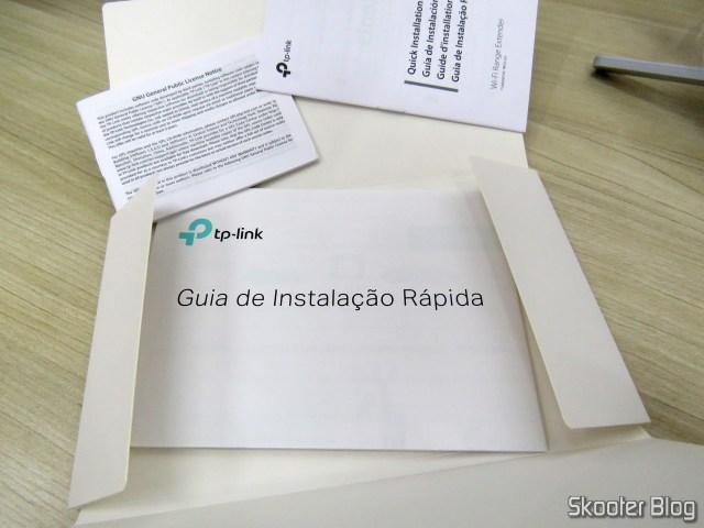 Folhetos e manuais do Repetidor Wi-Fi TP-Link AC1750 RE450.