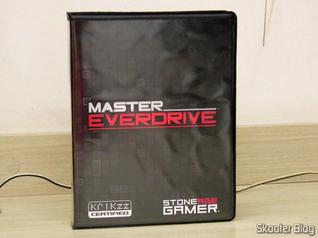 Master Everdrive X7 Deluxe, em sua caixinha.