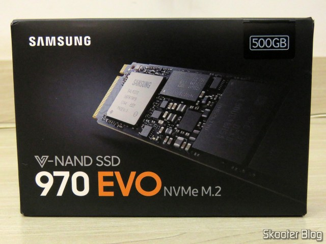 2º Samsung 970 EVO 500 GB-NVMe PCIe m. 2 2280 SSD (MZ-V7E500BW), on its packaging.