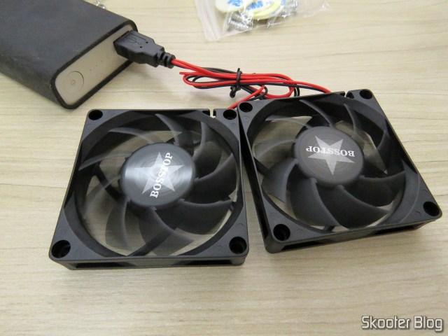 Teste dos Ventiladores (Fans) para Roteador ASUS RT-AC86U e RT-AC68U com alimentação do powerbank.