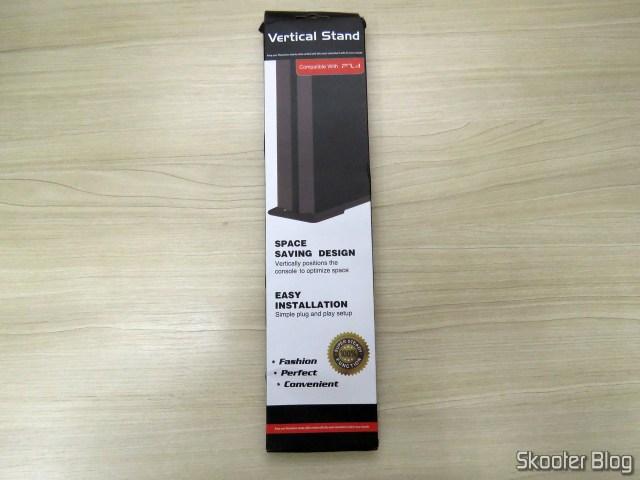 2º Suporte de Montagem Vertical para Playstation 4 (stand) em sua embalagem.