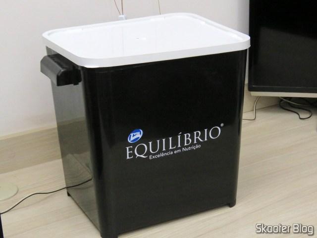 Container Canister Furacão Pet - Brinde da Ração Equilíbrio.