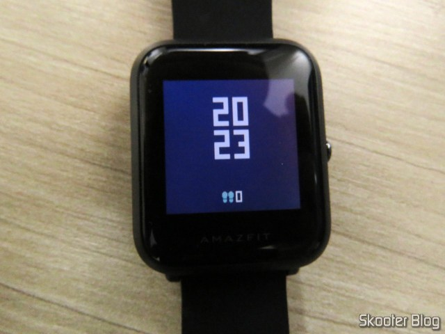Watch Smartwatch Xiaomi Huami Amazfit Bip, operation.