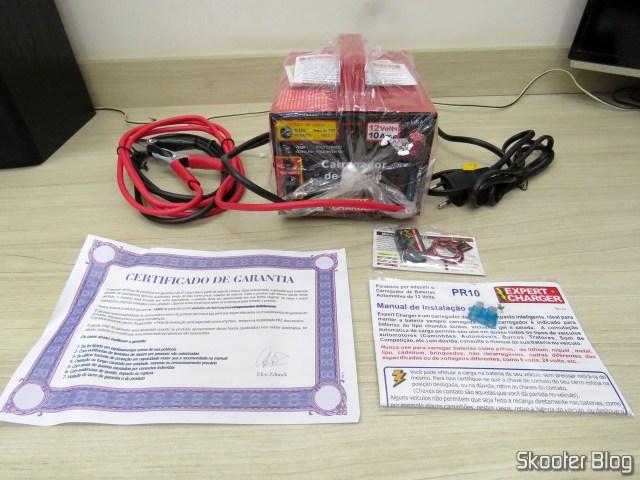 Carregador de Baterias 12V Expert Charger PR10, com brinde e acessórios.