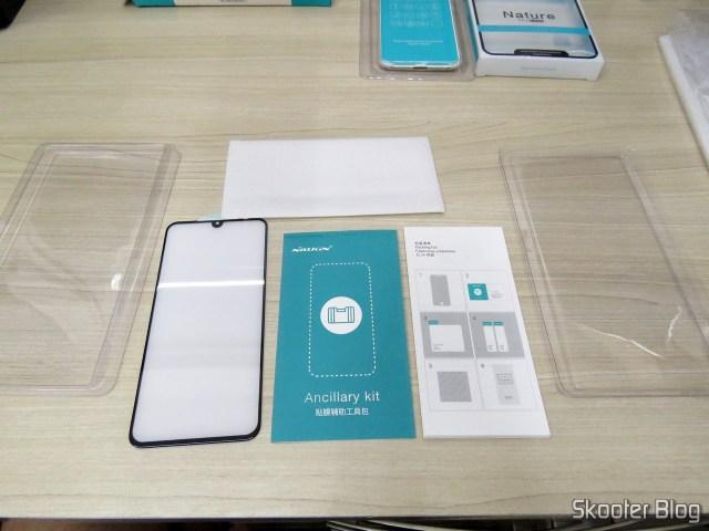 Película de Vidro Cobertura Total Nillkin para Xiaomi Mi 9.