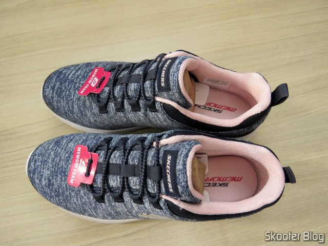 Skechers shoes Dynamight 2.0 In A Flash Feminino - Navy and Pink.