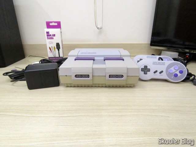 Super Nintendo Original NTSC PCB SHVC-CPU-01 CPU/PPU1/PPU2 2/1/3, with its accessories after cleaning.