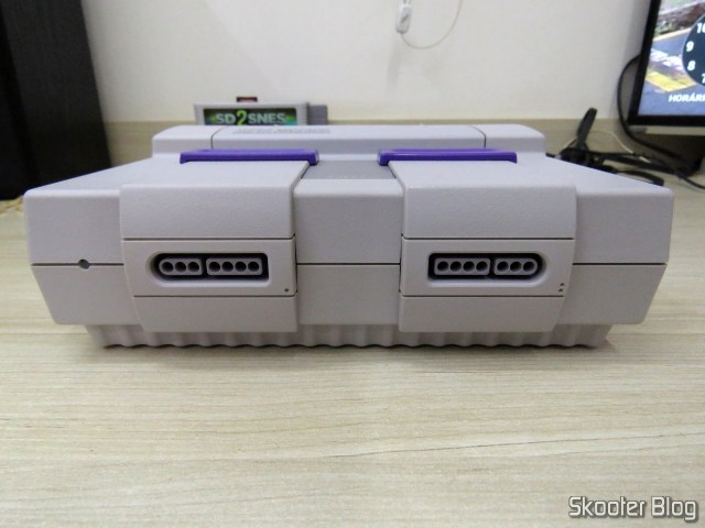 Front of the Super Nintendo, after cleaning.