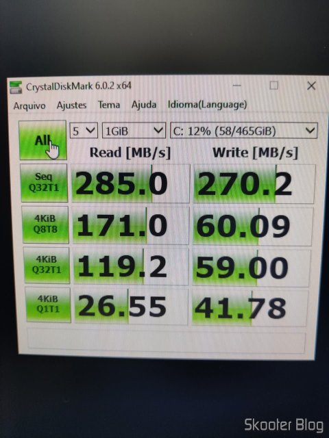 Teste do SSD com o CrystalDiskMark.
