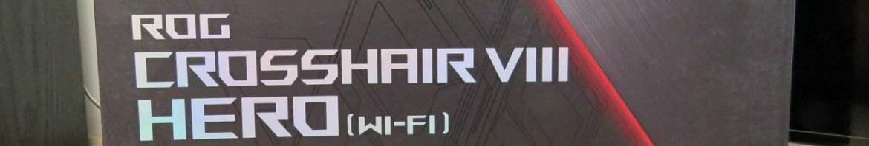 Placa-Mãe ASUS ROG Crosshair VIII Hero Wi-Fi, em sua embalagem.