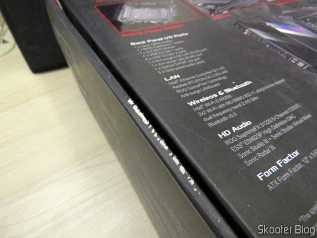 A suspicious grating in the case of the ASUS ROG Crosshair VIII Hero Wi-Fi Motherboard.