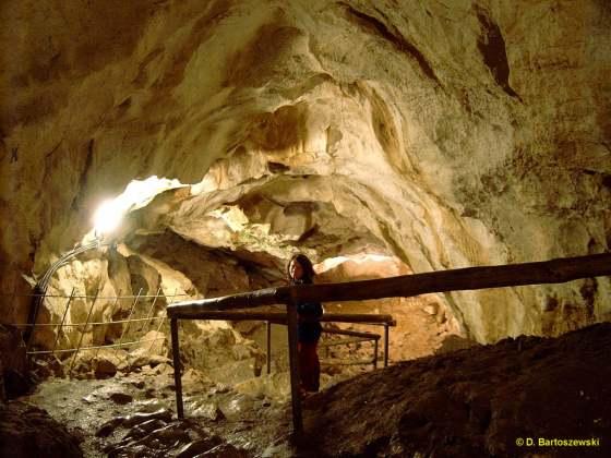 Znalezione obrazy dla zapytania zdjęcia jaskiń w tatrach