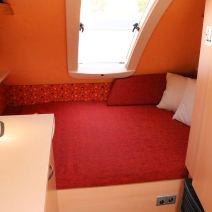 Stora sängen med sky-fönster