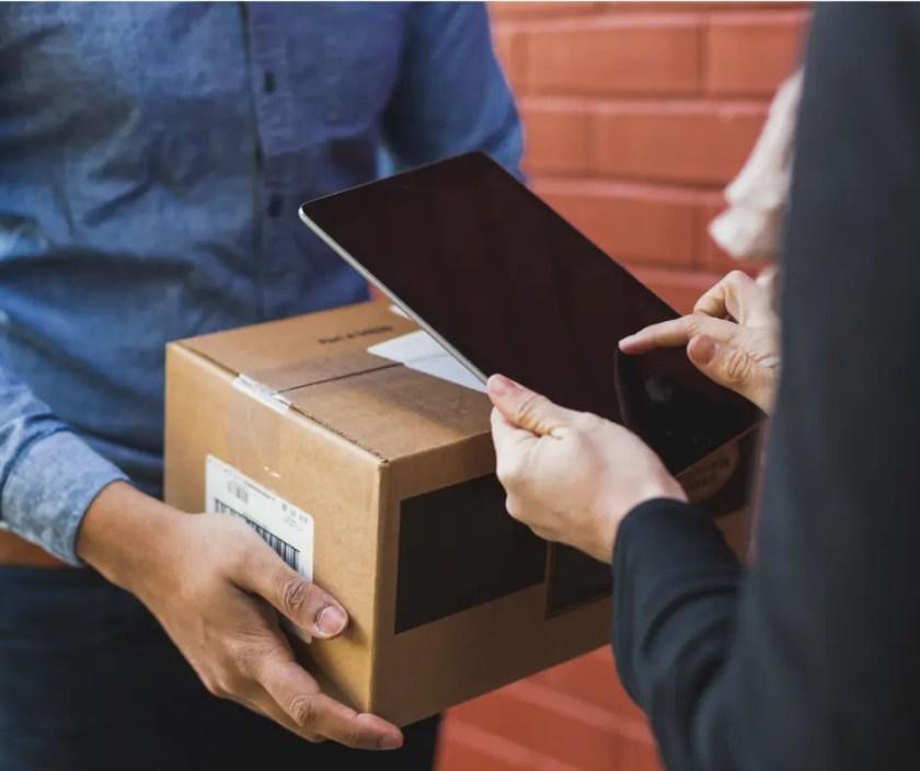 shipping box with iPad