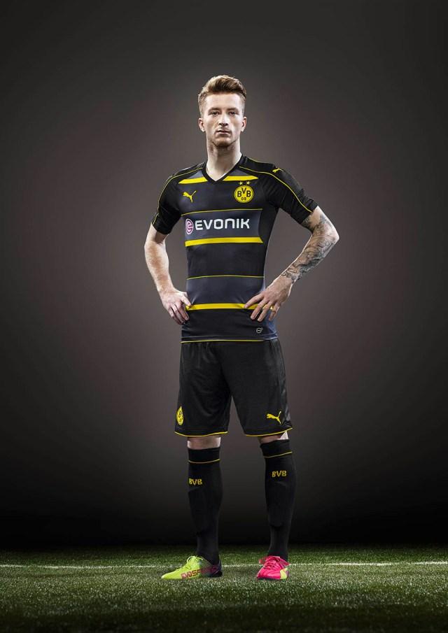 DE-16SS_ATL_TS_Football_Q2_BVB_REUS-AWAY-ACTV_015_PR_RGB