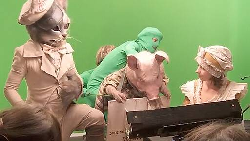 Behind the scenes of 'Higglety Pigglety Pop' (2010)