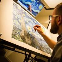 Piotr Dominiak painting Van Gogh frame, filmed in timelapse