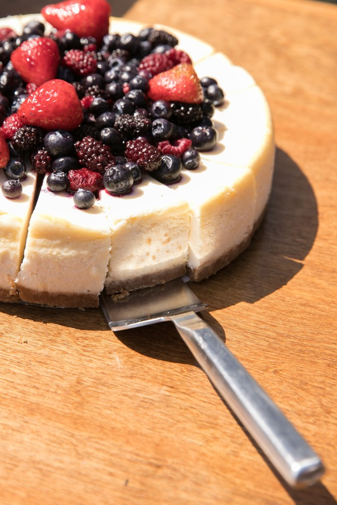 berry cheesecake garden wedding