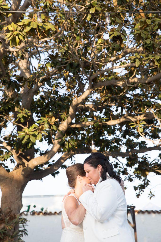 brides dancing adobe ventura wedding