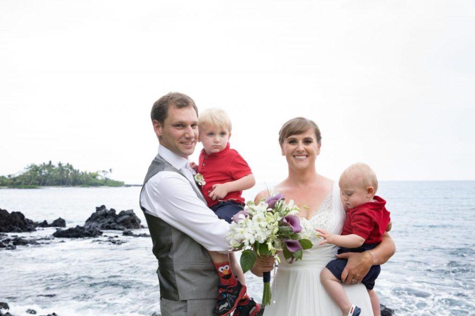 family photos after Ceremony Kealakekua Bay Wedding Venue