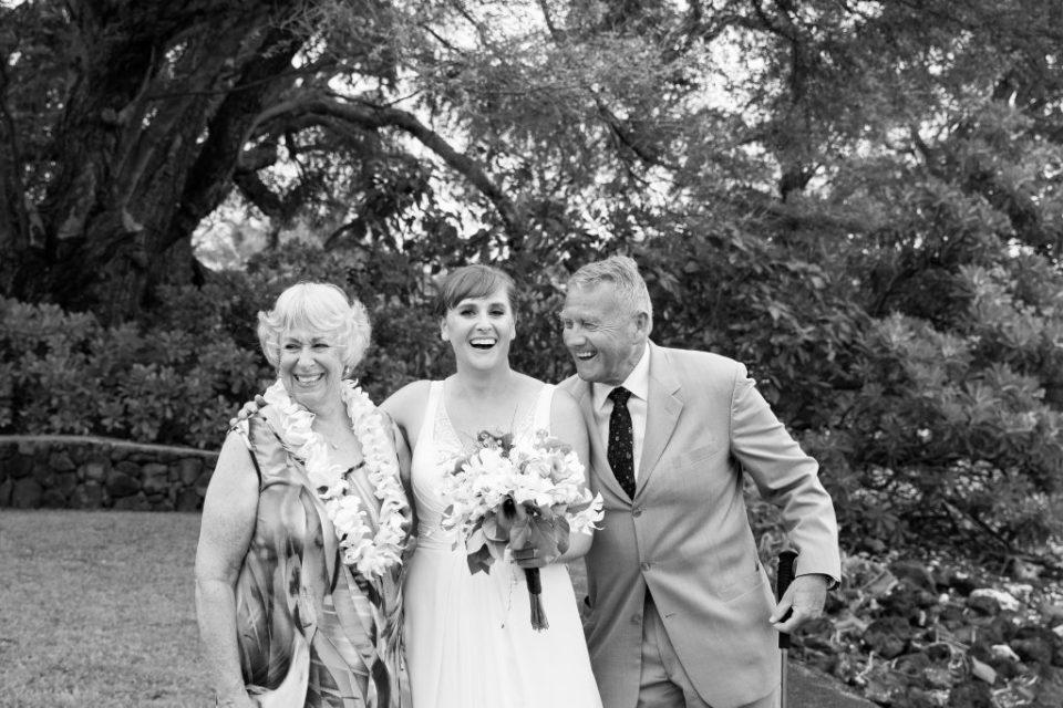 laughing with parents Kealakekua Bay Wedding Venue
