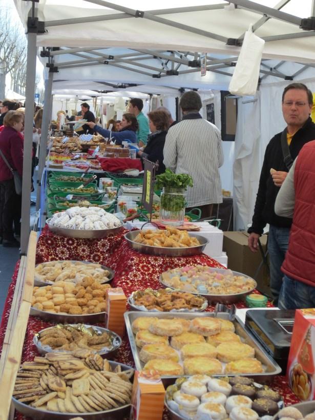 Sunday Market in Barceloneta