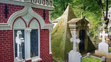 Pyramid Grave in Bellu Cemetery