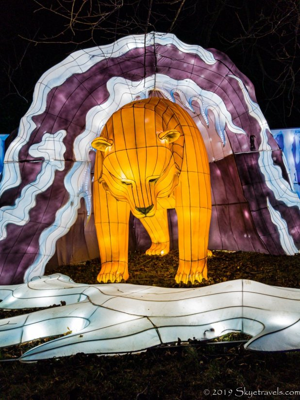 Bear in Cave Lantern