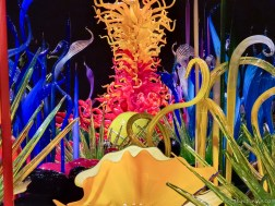Chihuly Glass Sculpture #2