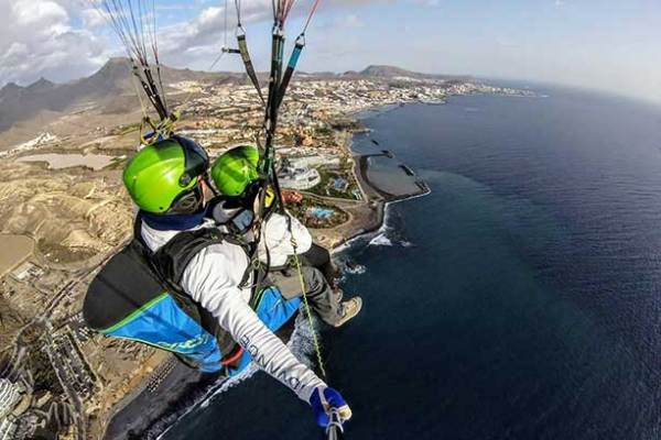 sky-of-tenerife-tandem-paragliding-flight-613x409