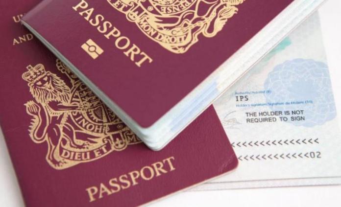 Συλλήψεις σε Ρόδο και Κω για πλαστογραφία ταξιδιωτικών εγγράφων