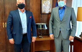 Με τον ΥΠΕΣ Τ. Θεοδωρικάκο συναντήθηκε ο Δήμαρχος Λειψών