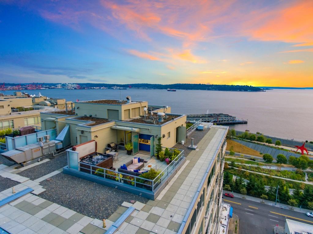 Seattle Penthouse 3
