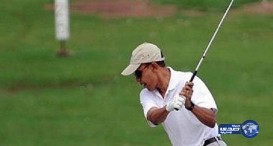 أوباما يلعب الجولف بعد عودته من جولة آسيوية
