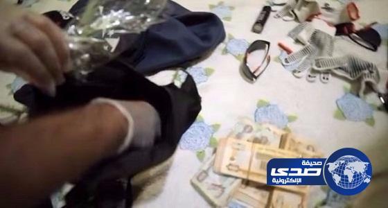 عصابة تسرق محل صرافة في الإمارات بمسدس لعبة والمحكمة تعاقبهم بالسجن 3 سنوات