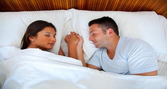 للمتزوجين.. تبادل الأخبار الجيدة يساوي علاقة جنسية رائعة