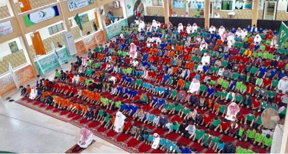 بالصور.. منسوبو التعليم يؤدون صلاة الاستسقاء استجابة لدعوة خادم الحرمين