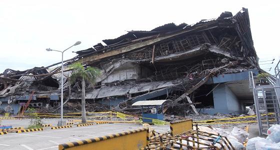 بالصور.. الفلبين تبدأ التحقيق في حريق ضخم بمركز تسوق أدت إلى مقتل 37 شخصا