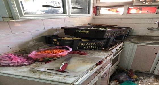 ضبط مخالفات صحية بعدد من مطاعم وبوفيهات نجران