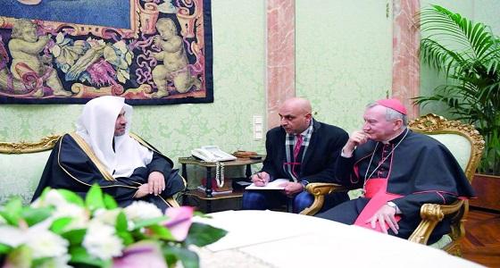 تفاصيل اللقاء بين رئيس وزراء الفاتيكان والأمين العام لرابطة العالم الإسلامي