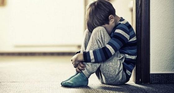 مخاطر بقاء الطفل داخل غرفة مغلقة لفترة طويلة