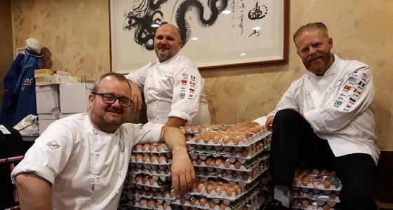 فريق طهاة يحصل على 15 ألف بيضة بترجمة جوجل