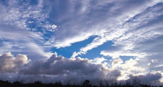 الأرصاد: رياح نشطة وغيوم جزئية على أجزاء من المملكة غدًا