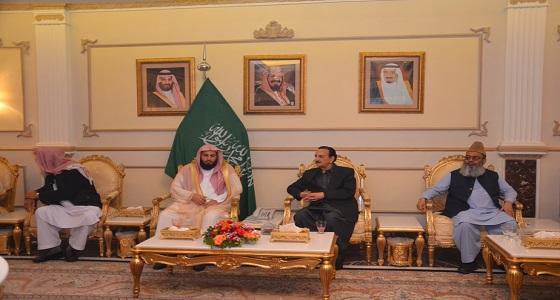 سفير خادم الحرمين لدى باكستان يقيم حفلا لتكريم إمام المسجد الحرام