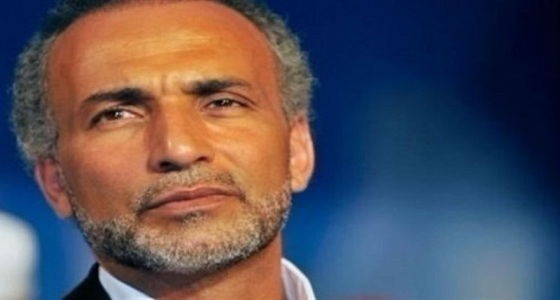 """للمرة الثالثة.. فرنسية تتهم الإخواني """" طارق رمضان """" باغتصابها"""