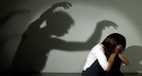 خمسيني متزوج 3 يغتصب بناته