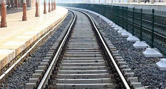 خط حديدي يربط المملكة بالإمارات بحلول ديسمبر 2021