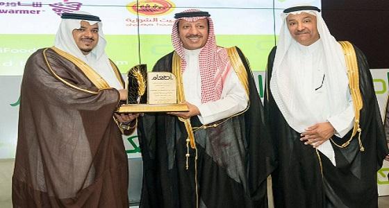 سمو نائب أمير الرياض يفتتح مبادرة إطعام الرياض 100 عام من الجوع إلى الهدر